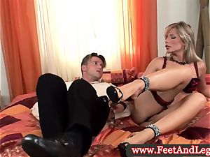 Tiffany Rousso foot fetish stunner fingerblasted in high def