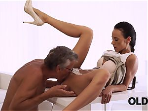 OLD4K. ideal secretary seduces older man to get another promotion