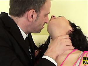 curvy british fingerfucked tough after oral