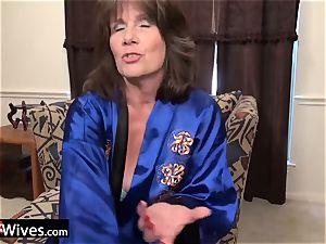USAWiveS Mature Jade anal plaything masturbation