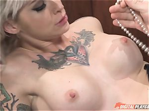 Kleio Valentien humped in the office