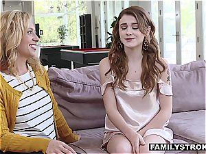 Stepmom organizes cool family time