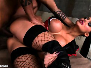 Lusty jaw-dropping Aletta Ocean gets rectally penetrated she couldn't stop squealing
